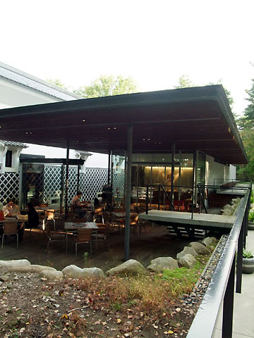 Café Healing Terrace(カフェ ヒーリングテラス)(駒ヶ根市、養命酒工場内)