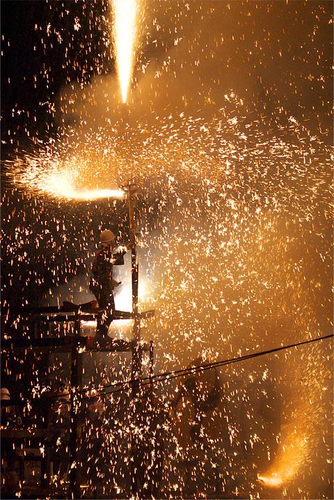 下清内路 諏訪神社 建神社 秋季祭典奉納大煙火(下伊那郡阿智村)