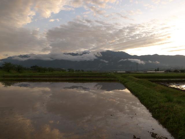 [空の写真] 三峰川青島堤防から(伊那市)