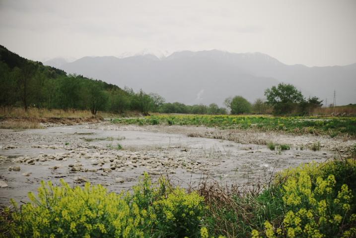 三峰川から中アを望む(伊那市)