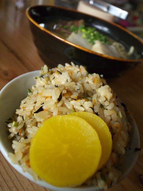沖縄そば処 三坊(さんぼう)(沖縄県島尻郡久米島町)の料理の写真とか