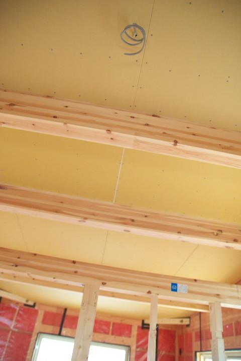 [工事進捗] フローリングが敷かれてきてた - 2011/12/3(土)