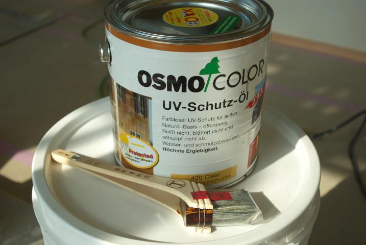 [施主施工7 外壁塗装+珪藻土] 外壁の木部分への塗装を急遽開始+珪藻土の補修 - 2012/1/14(土)