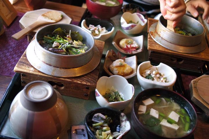 佳食 月ノ輪(駒ヶ根市)の料理の写真とか