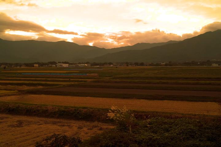 [空の写真] 黄金色(伊那市) - 2012/10/3(水)
