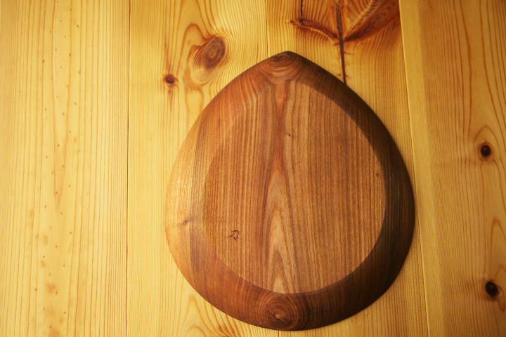 [もみじクラフト] 槐の木皿(木まぐれ)