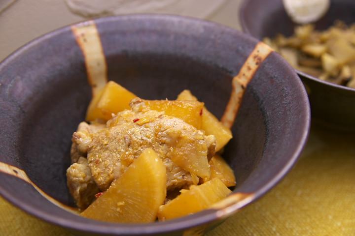 大根とスペアリブの豆鼓煮(有元葉子の無水鍋料理)