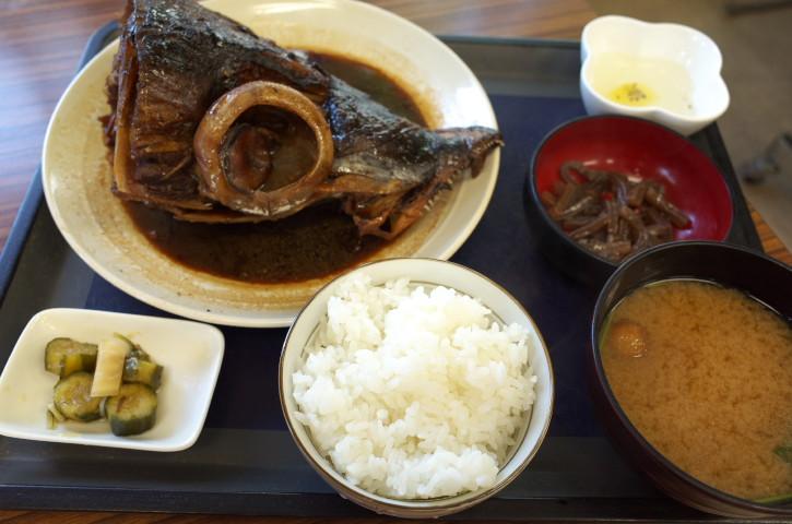 市場食堂(諏訪市)の料理の写真とか