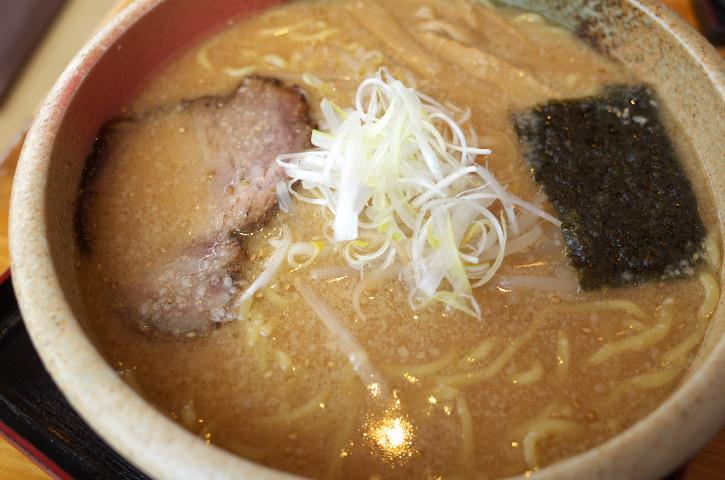 ラーメン すずなり(茨城県ひたちなか市)の料理の写真とか