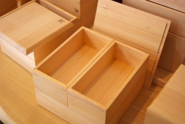 鍋敷き(カネクくるまや)