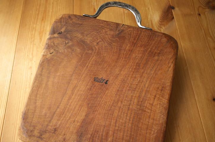 木のお皿(ubdy)