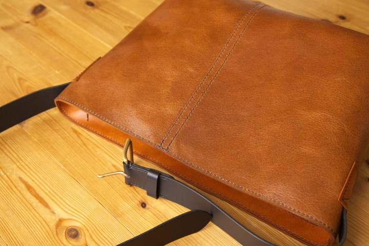 TSUTE LEATHER WORKS